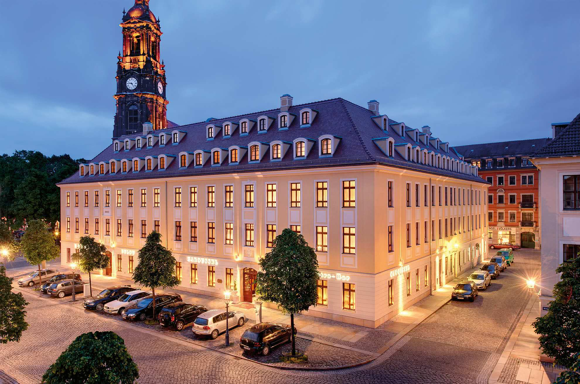 5 star superior hotel b low palais in dresden. Black Bedroom Furniture Sets. Home Design Ideas